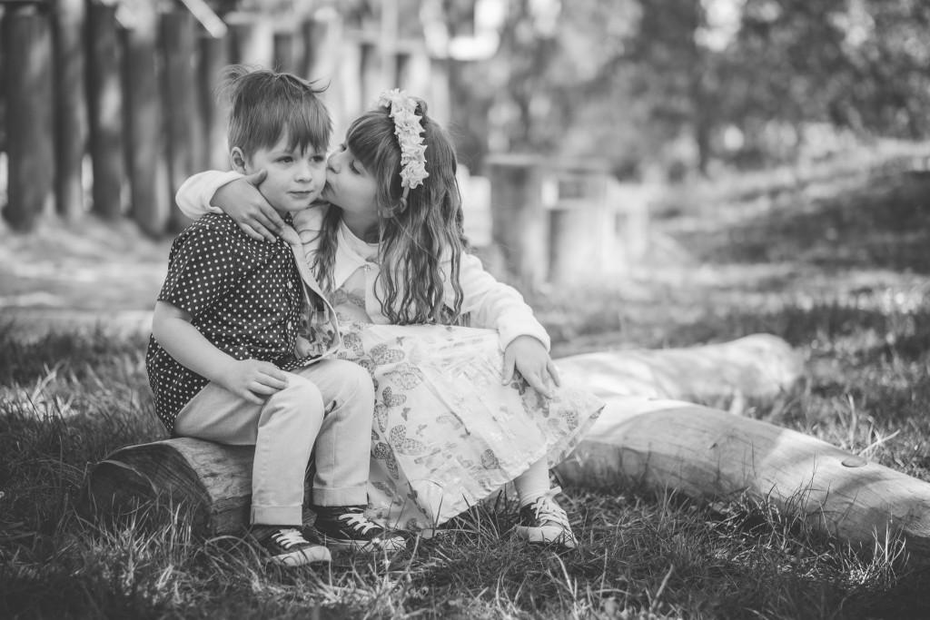 Kindergartenfotografie, Kamera kunterbunt, Geschwisterbild