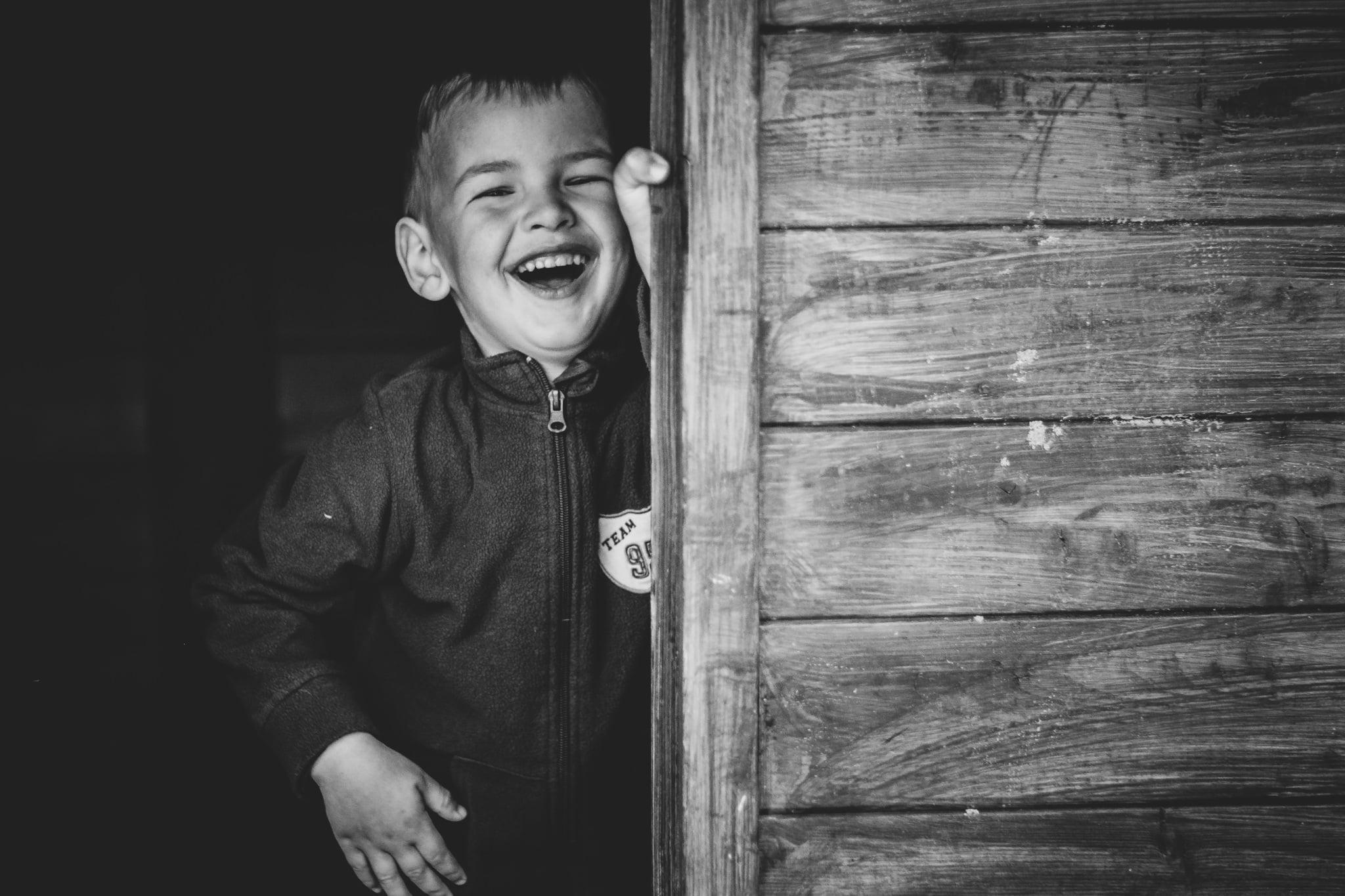 Kindergartenbilder kamera kunterbunt authentische